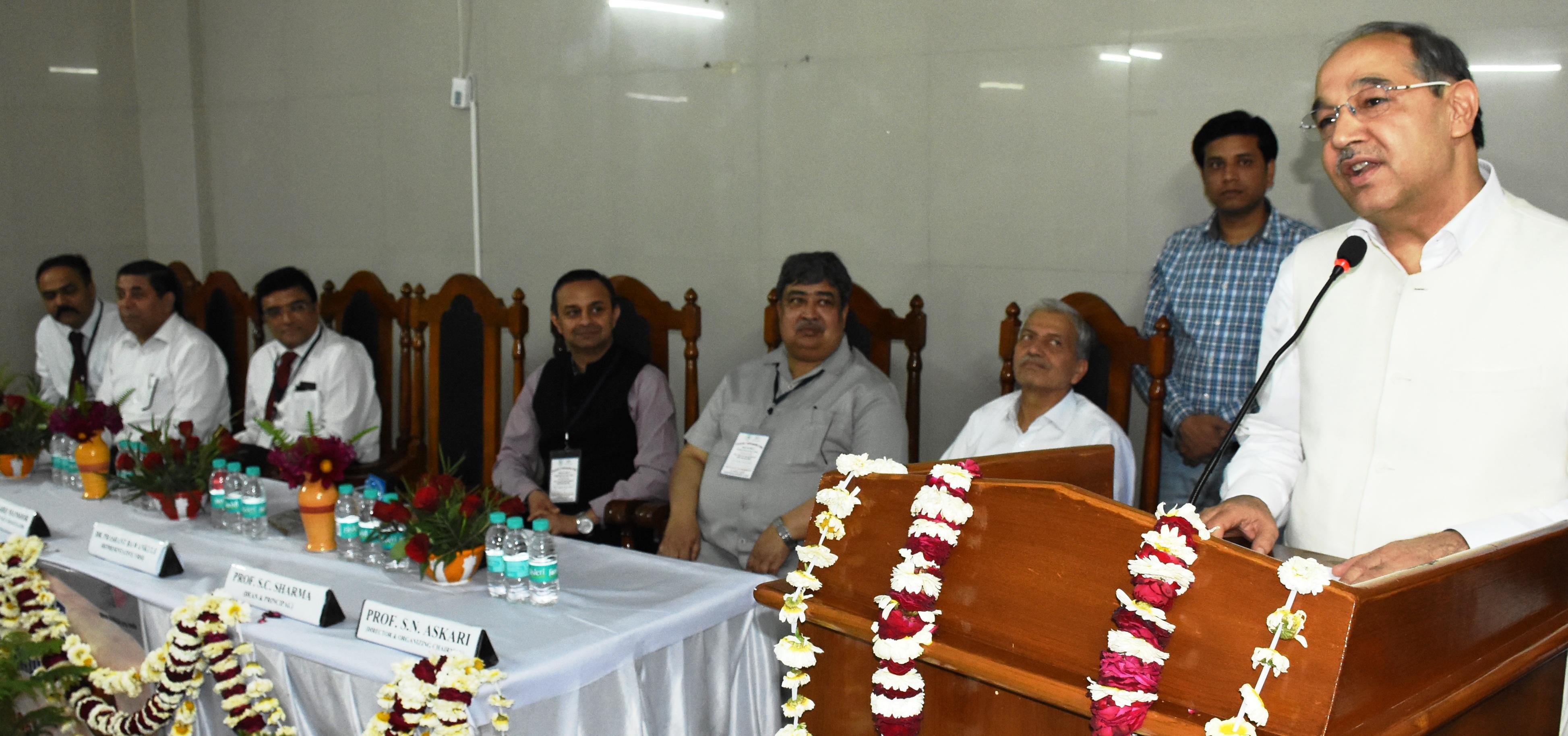 Image result for कुलपति प्रो. तारिक मंसूर